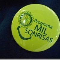 SONRISAS DE A MIL (O MIL SONRISAS)