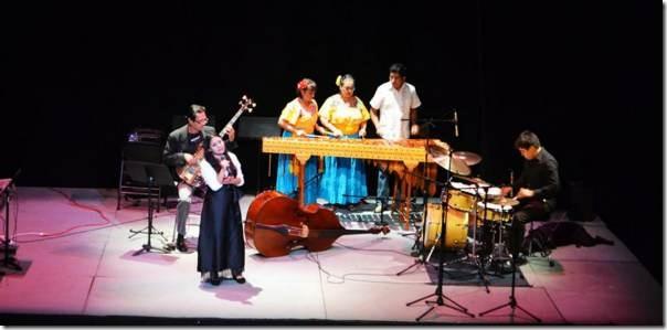 2014-10-22-petit-band-y-marimba (1)