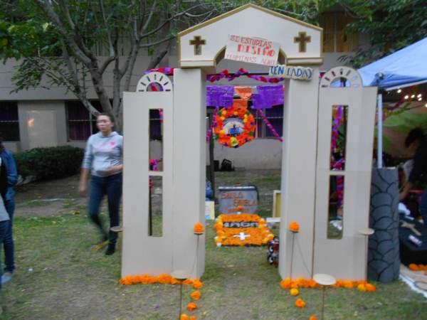 2014-11-02-altares-y-tumbas-iada (15)