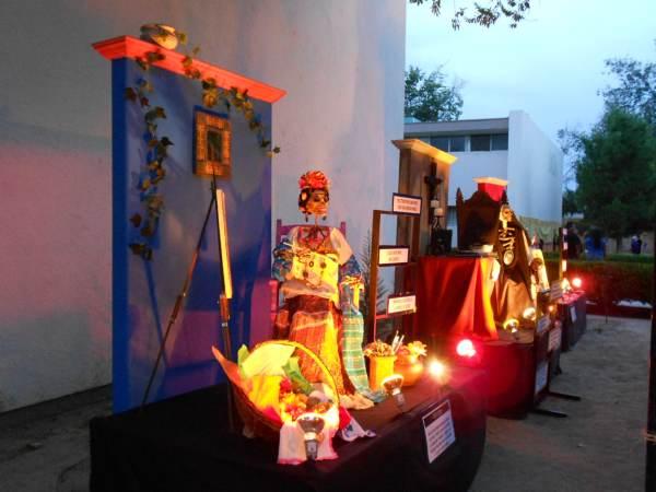 2014-11-02-altares-y-tumbas-iada (18)