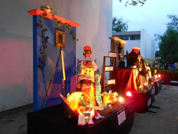 2014-11-02-altares-y-tumbas-iada (19)