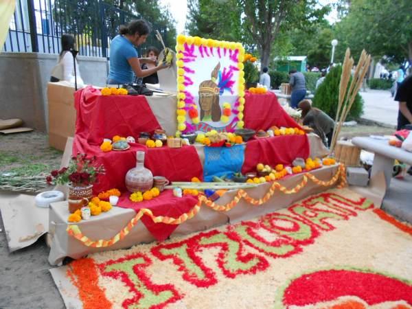 2014-11-02-altares-y-tumbas-iada (2)