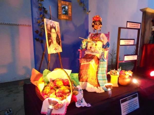 2014-11-02-altares-y-tumbas-iada (21)