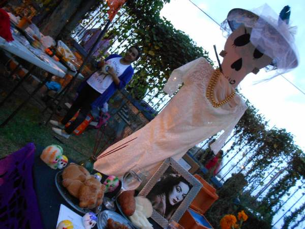 2014-11-02-altares-y-tumbas-iada (29)