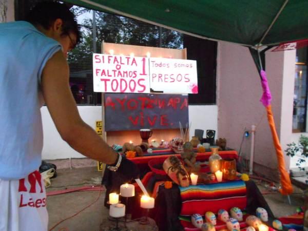 2014-11-02-altares-y-tumbas-iada (8)