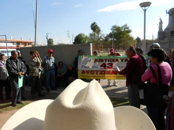 2014-11-02-braceros-y-ayotzinapa (1)