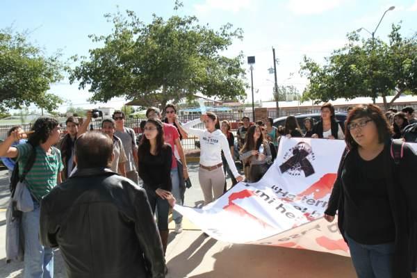 2014-11-11-uacj-con-ayotzinapa (4)