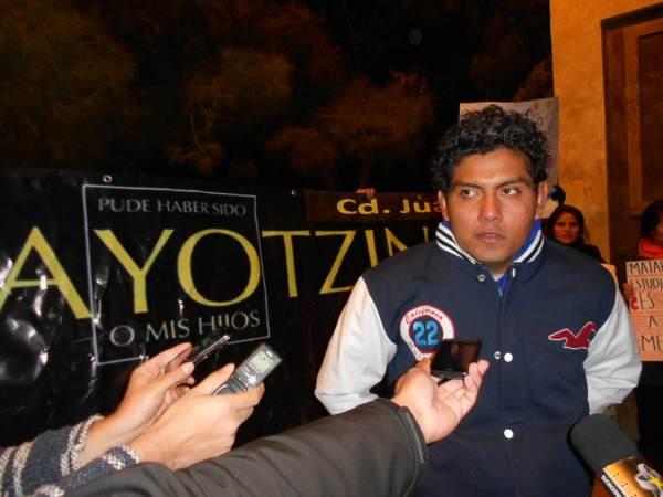 2014-11-12-performance-ayotzinapa (2)