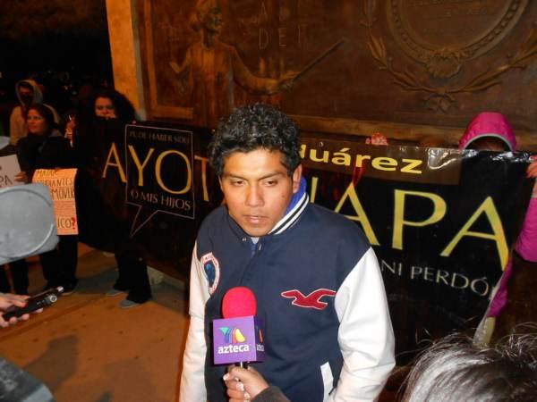 2014-11-12-performance-ayotzinapa (3)