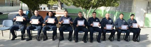 2014-11-22-policias-municipales-reconocimiento (3)