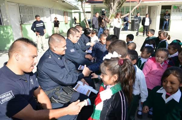 2014-11-22-policias-municipales-reconocimiento (4)