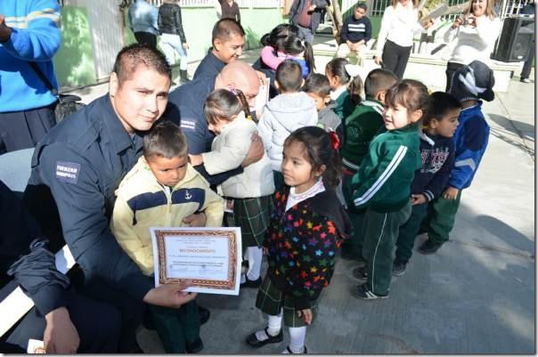 2014-11-22-policias-municipales-reconocimiento (1)
