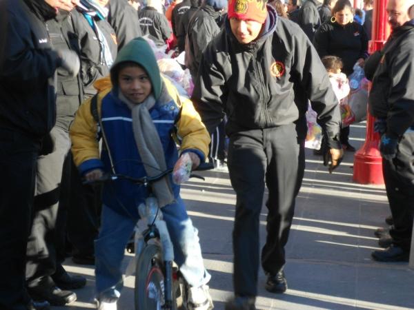 2014-12-24-santa-clos-bombero (7)