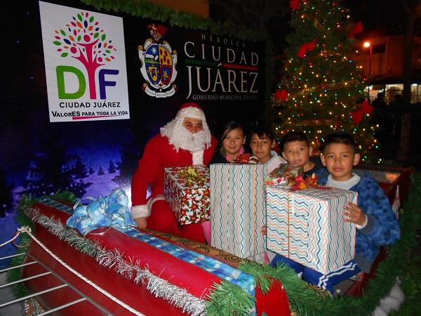 3014-12-19-plaza-navideña-centro