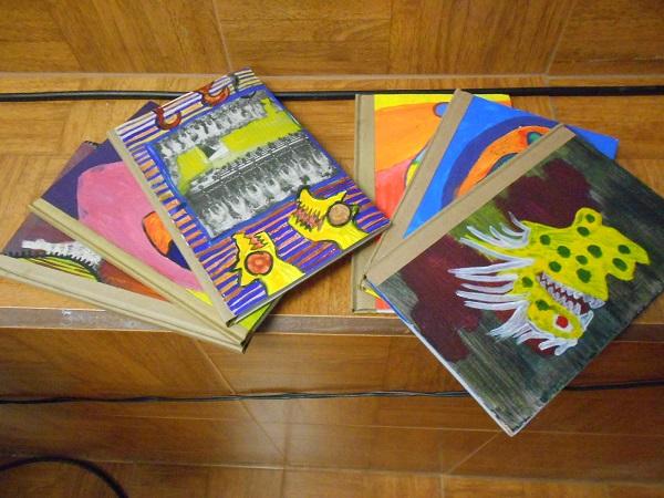 2015-04-27-libros-editorial-cartonera (3)