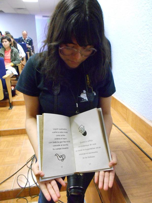 2015-04-27-libros-editorial-cartonera (4)