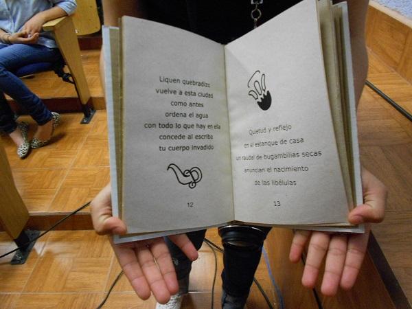 2015-04-27-libros-editorial-cartonera (5)