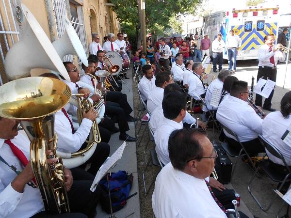 2015-08-14-llegada-benito-juarez-150-aniv (16)