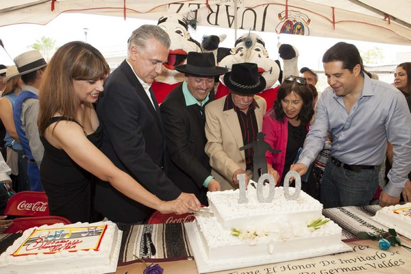 2015-09-19-tin-tan-homenaje-100-años (6)