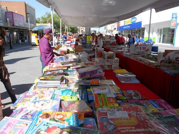 205-09-27-feria-libros-centro (11)
