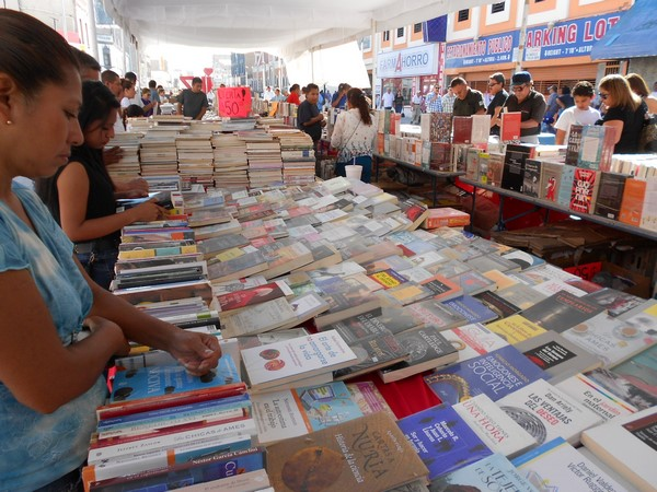 205-09-27-feria-libros-centro (8)