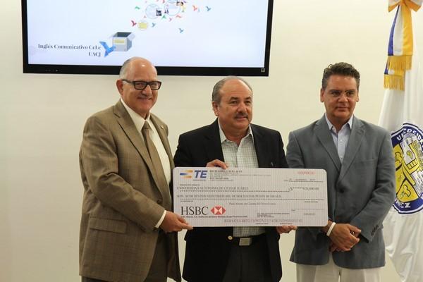2015-09-30-uacj-donativo-acs (3)