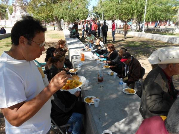 2015-10-20-braceros-paella (14)