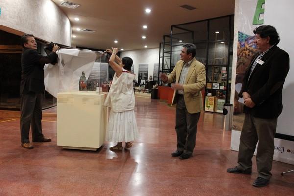 2015-10-24-guacamaya-ceramista-julian (4)