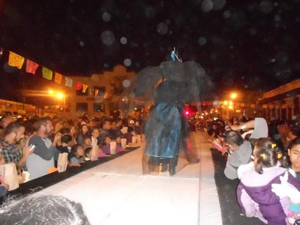 2015-11-04-pasarela-catrinas (6)