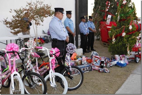 2015-11-10-bomberos-colecta-juguetes (1)