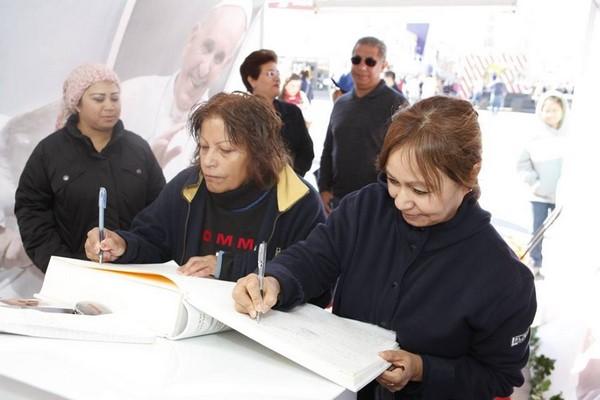 2015-11-22-juarez-es-amor-mensajes-papa (1)