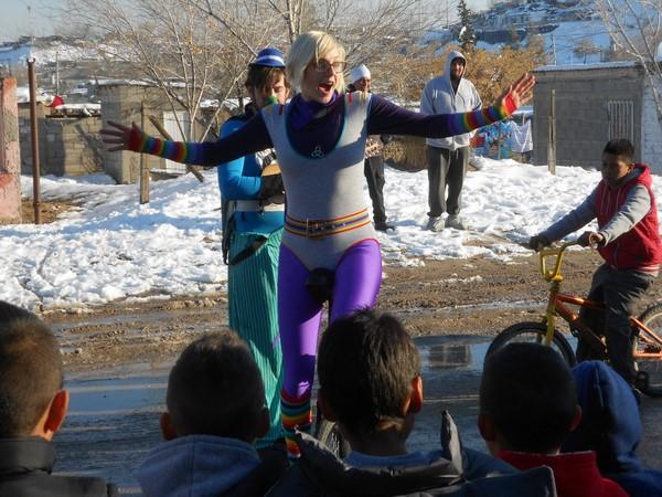 2015-12-29-emergency-circus-en-anapra (9)