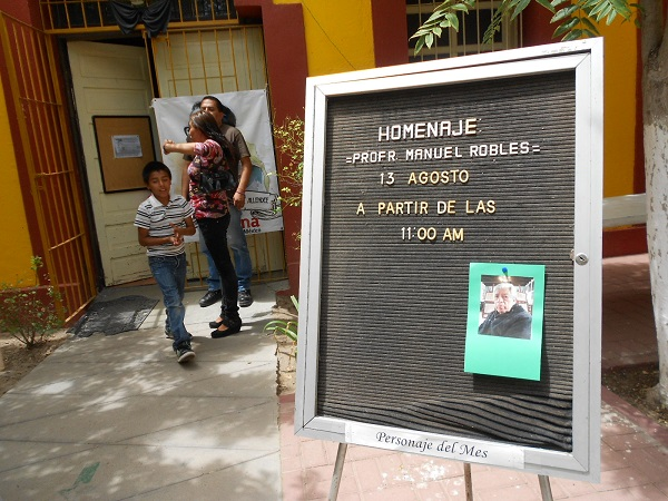 2016-08-13-profe-robles-homenaje (10)
