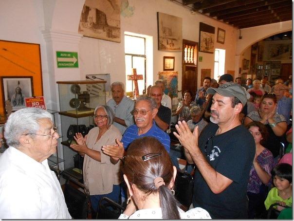 2016-08-13-profe-robles-homenaje (1)