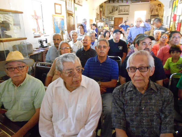 2016-08-13-profe-robles-homenaje (2)