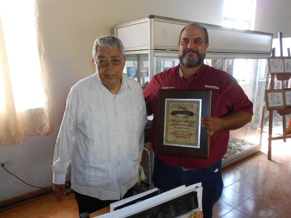 2016-08-13-profe-robles-homenaje (8)