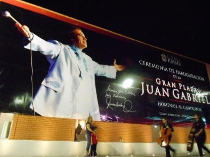 2016-09-29-gran-plaza-juan-gabriel-inaug-1
