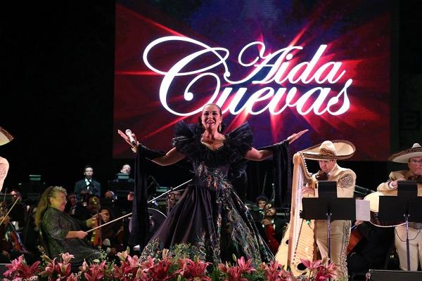 2016-10-09-uacj-concierto-anivers-aida-cuevas
