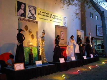 2016-11-02-catrinas-altares-y-tumbas-18