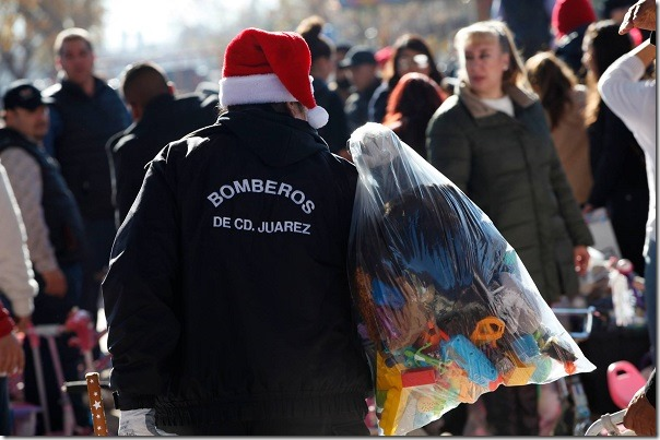2016-12-25-santa-bombero (1)