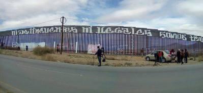 2017-02-27-accion-en-muro-fronterizo-13