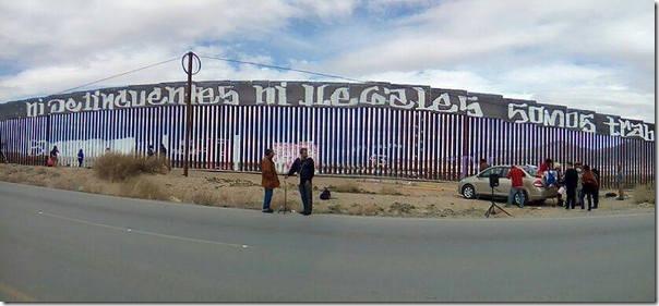 2017-02-27-accion-en-muro-fronterizo (5)